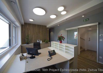 egyedi irodabútor készítés asztalossal